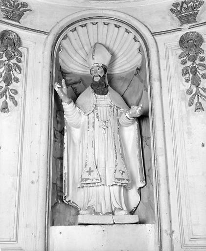 2 statues (en pendant) : saint Clair, Vierge à l'Enfant
