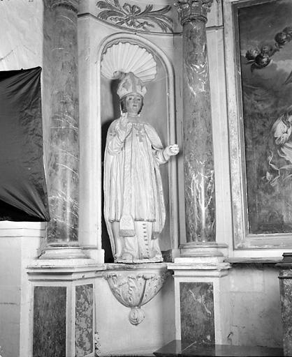 2 statues (en pendant, petite nature) : saint Aubin, saint