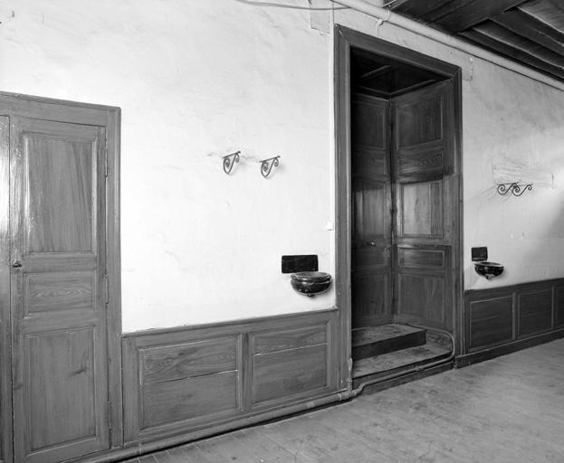 Le mobilier du couvent Notre-Dame, actuellement hôpital