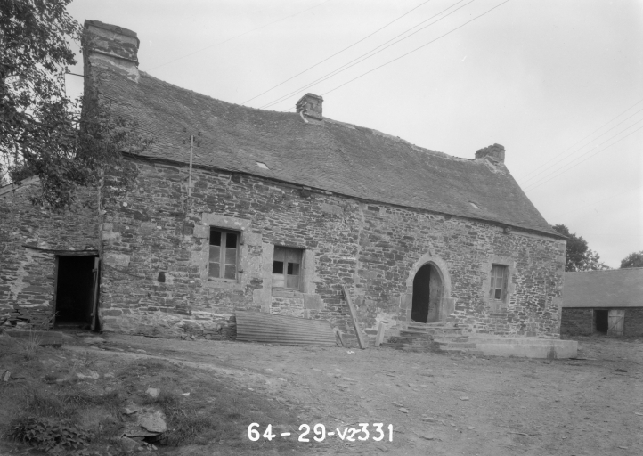 Manoir, Rumoal (Saint-Hernin)