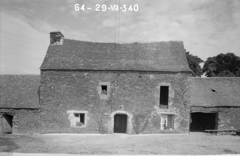 Manoir, Culzubic (Saint-Hernin) ; Les maisons et les fermes de la commune de Saint-Hernin
