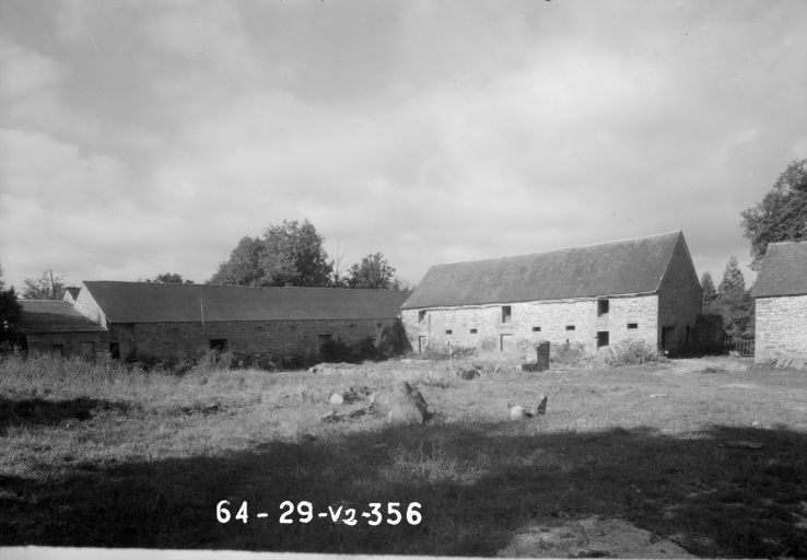 Château, Kergoat (Saint-Hernin)