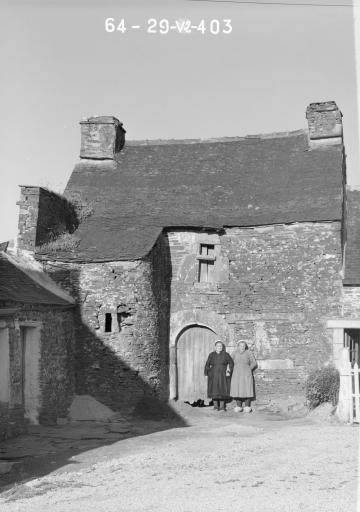 Maison, Kergorlay (Motreff) ; Les maisons et les fermes de la commune de Motreff