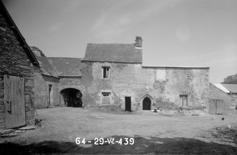 Manoir du Ster (Cléden-Poher)