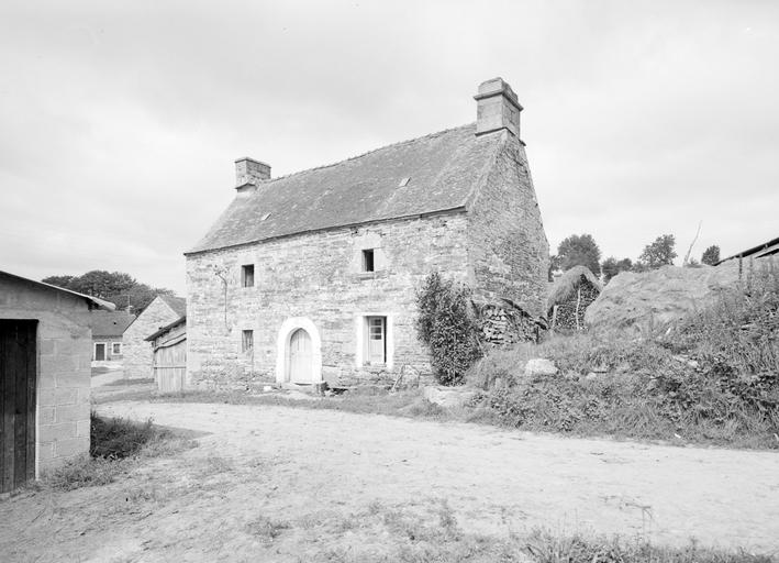 Maison, Kervic (Langonnet)