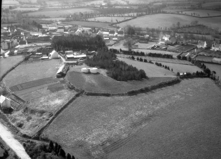Camp, la Roche (Cléden-Poher
