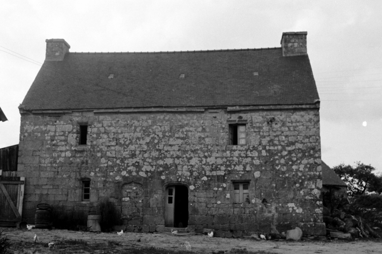 1ère Ferme, Kerbris (Bubry) ; Les maisons et fermes de la commune de Bubry