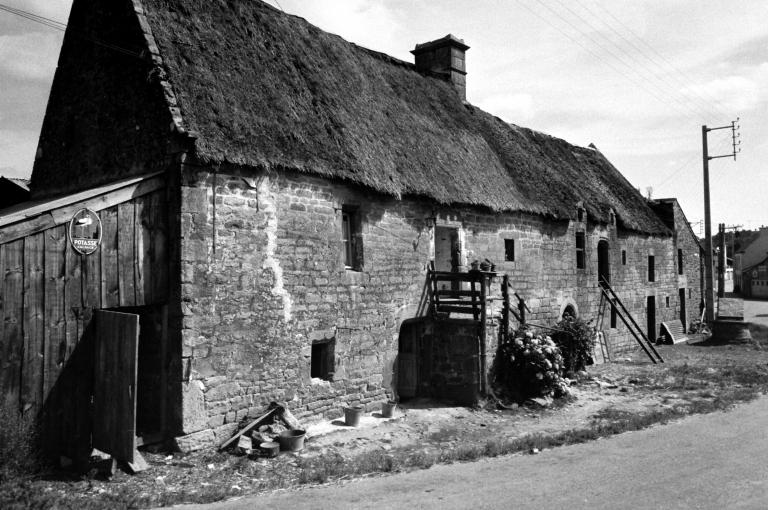 Les maisons et fermes de la commune de Lanvaudan