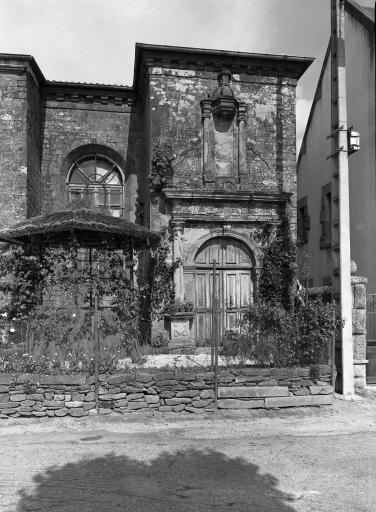 Couvent d'Hospitalières, place du Champ de Bataille (Carhaix-Plouguer)