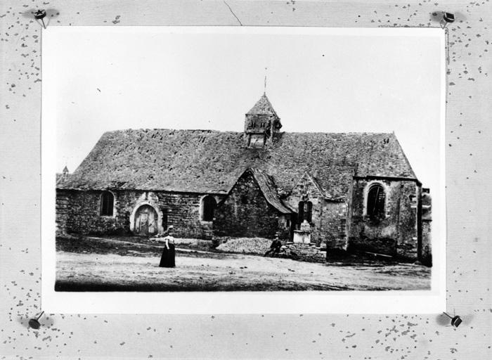 Prieuré de bénédictins, église paroissiale Saint-Pierre (Pléchâtel)