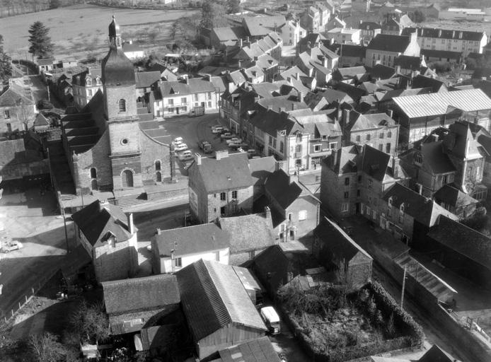 prieuré de bénédictins ; église paroissiale Saint-Martin