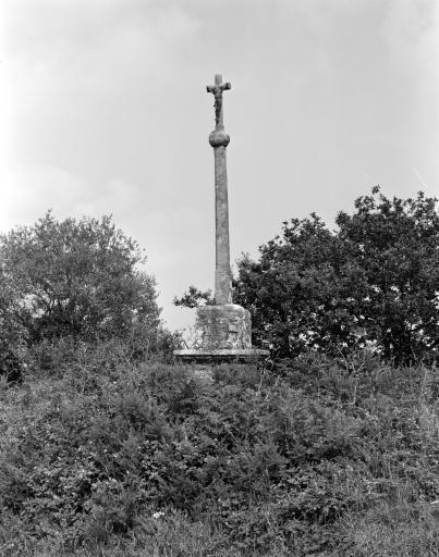 Croix Monumentale de la Trinité, Crec'h Morvan (Lanrivain)
