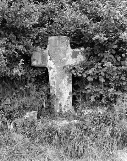 Croix Monumentale, Kergroaz (Saint-Gilles-Pligeaux)