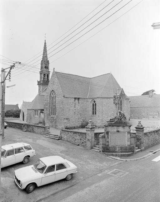 Eglise paroissiale Saint-Faron (Pouldreuzic)
