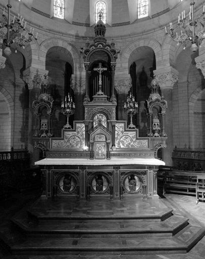 Autel, tabernacle, exposition (maître-autel, tabernacle à dais d'exposition), style néo-roman