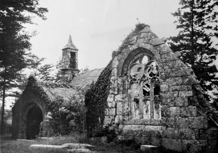 Présentation de la commune de Peumerit-Quintin ; Commanderie d'Hospitaliers de Saint-Jean-de-Jérusalem, Le Loch (Peumerit-Quintin) - (ancienne étude d'inventaire de 1967) ; La commanderie de Maël et Loc'h, Le Loc'h (Peumerit-Quintin)