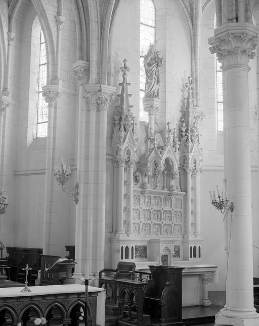 Autel, tabernacle, retable, statue (retable cadre, retable architecture, autel secondaire) : Donation du Rosaire, Vierge à l'Enfant, du Rosaire