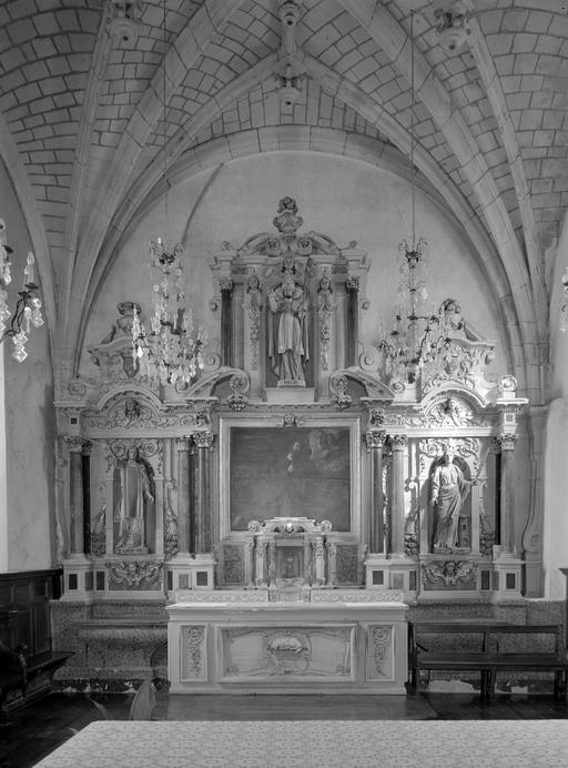 Autel, retable, tabernacle (maître-autel, retable architecturé à niche)