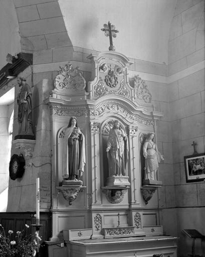 2 autels, 2 retables, tabernacle (autel secondaire, retable à ailes), du Sacré-Coeur de Jésus, du Sacré-Coeur de Marie