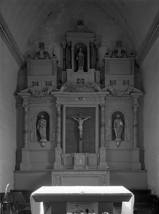 Autel, retable, tabernacle, cadre (maître-autel, retable architecturé, retable à ailes, tabernacle architecturé, tabernacle à ailes)