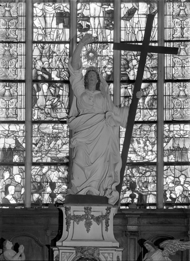 Statue, suspension eucharistique : La Foi