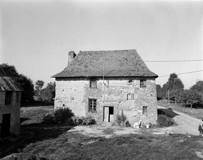 Présentation de la commune de Romillé ; Maison, l'Epine (Romillé)