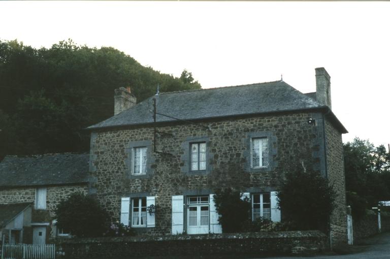 Village (Saint-Brieuc-des-Iffs) ; Les maisons et fermes sur la commune de Saint-Brieuc-des-Iffs