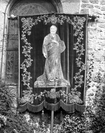 Bannière de procession: saint Pierre, Christ en croix, de saint Pierre