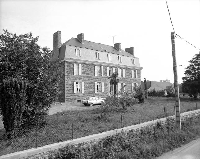 Presbytère, route de Chasné-sur-Illet (Romillé)