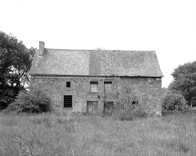 Présentation de la commune de La Chapelle-Chaussée ; Ferme, le Beau Mesnil (La Chapelle-Chaussée)