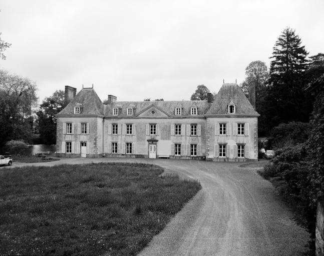 Château, Ville au Sénéchal (Irodouër)