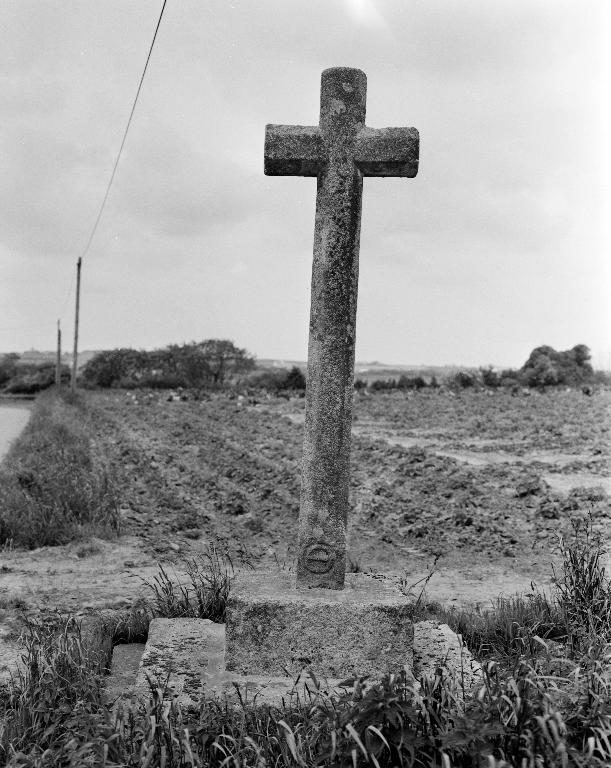 Croix de chemin, Candy (Lanhouarneau)