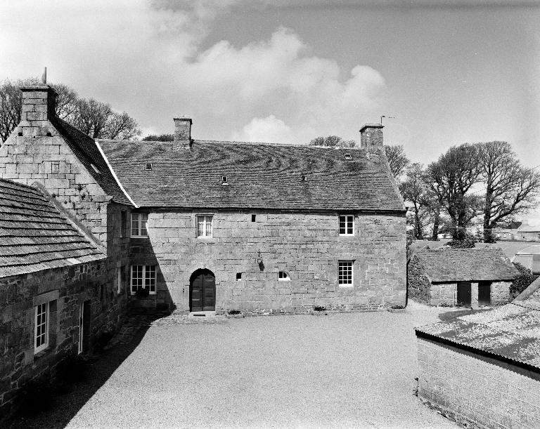 Manoir, aujourd'hui maison, Kerlaouen (Plouescat)