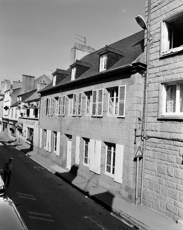 Maison, 8 rue du Général Leclerc (Plouescat)