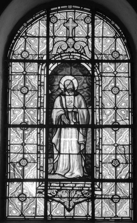 Ensemble de deux verrières à personnages de la baie 1 : Sacré-Cœur, et de la baie 2 : Immaculée Conception, église paroissiale Saint-Pierre (Plougar)