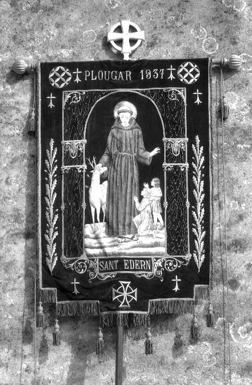Bannière de procession paroissiale : Saint Édern, Sainte Jeanne d'Arc, église paroissiale Saint-Pierre (Plougar)