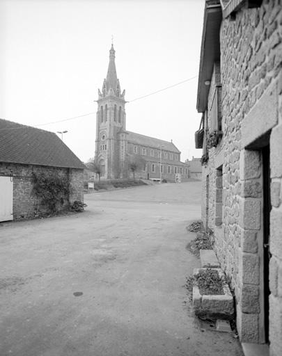 prieuré de bénédictins, église paroissiale Saint-Jean-Baptiste Saint-Martin