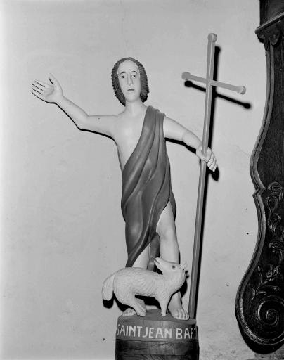 Statue: saint Jean-Baptiste (La Ferrière fusionnée en Les Moulins en 2016)