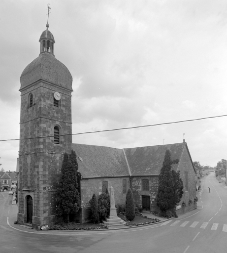 Prieuré de bénédictins, église paroissiale Saint-Jean (Coglès fusionnée en Les Portes du Coglais en 2017)