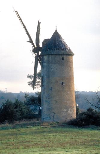 Moulin des Buttes Saint-Julien (Renac)