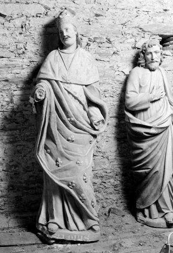 Statue: Saint Louis