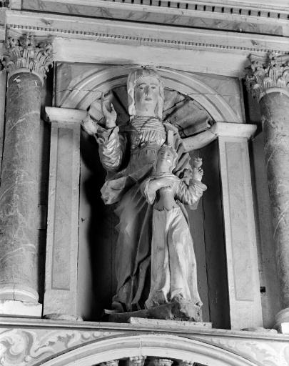 Groupe sculpté: Sainte Anne et la Vierge