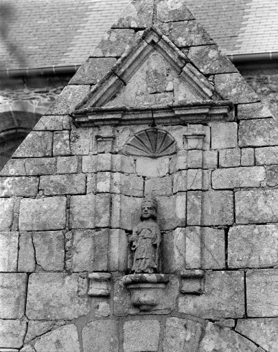 Statue: Saint Pierre (2)