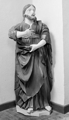 Statue: Saint Joseph (?)