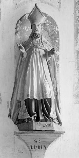 Statue: Saint Lubin