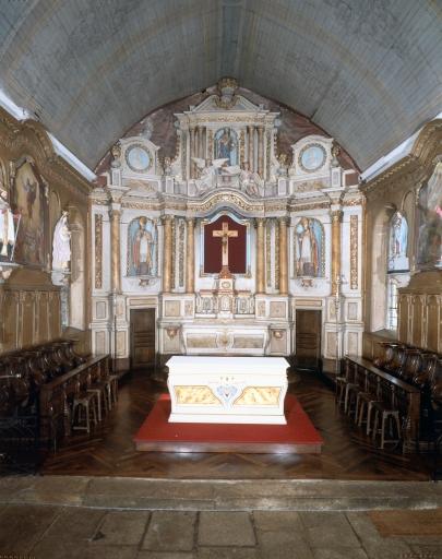 Ensemble du maître-autel ; Statue: Saint Nicolas