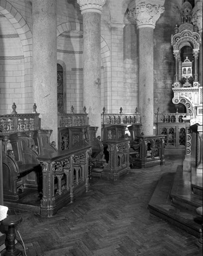 Stalles, clôture de sanctuaire, sièges de célèbrant (2)