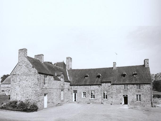 Manoir, la Mancellière (Baguer-Pican) ; Les manoirs sur la commune de Baguer-Pican