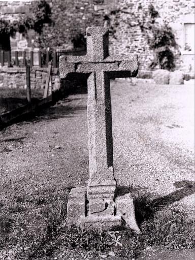 Croix de chemin, la Diolais (Baguer-Pican)