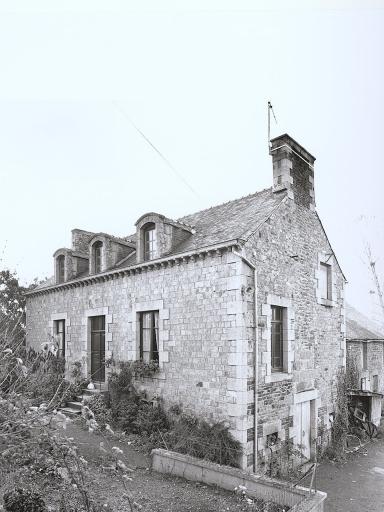Maison, Vienne (Baguer-Pican)